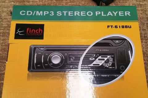 Finch AM/FM/CD radio