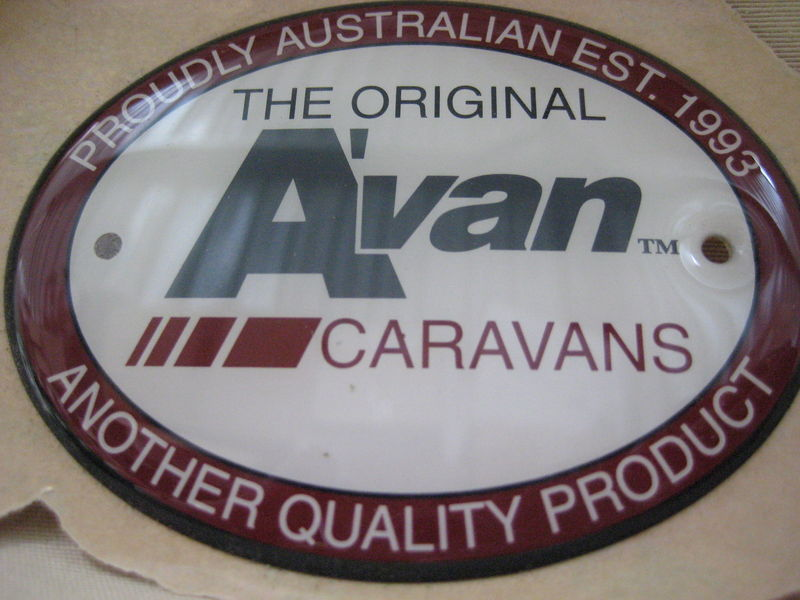 Avan Oval Badge