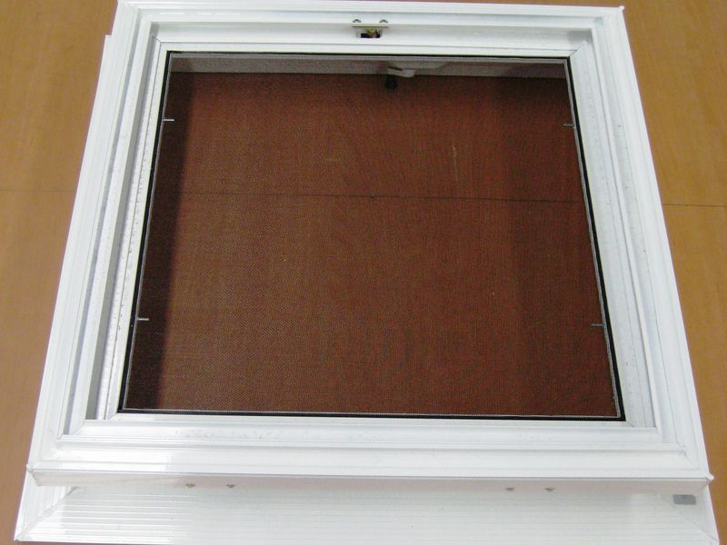 Hinged Frame for Small Dome Lid
