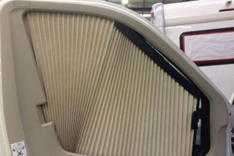Remis Right Cab Door Beige Blind 2013>