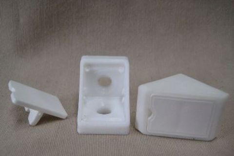 Cabinetry Corner Bracket - Plastic - White