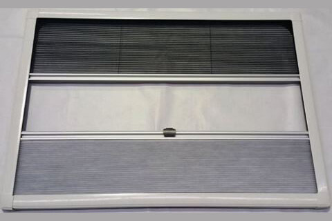 WINDOW BLIND 1086X761MM UCS PLASTIC WHITE