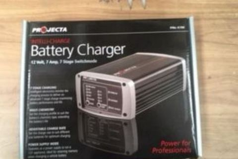 Charger 12Volt 7Amp 7Stage