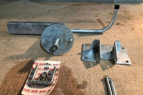 Drop Down Spare Wheel Holder - Off Road