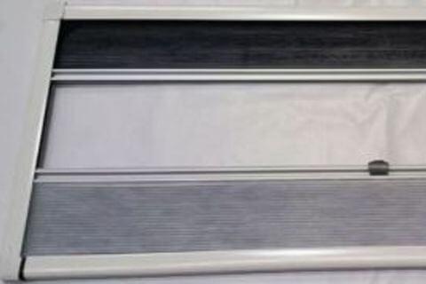 MOTOR HOME BLIND 1528X628MM UCS PLASTIC WHITE
