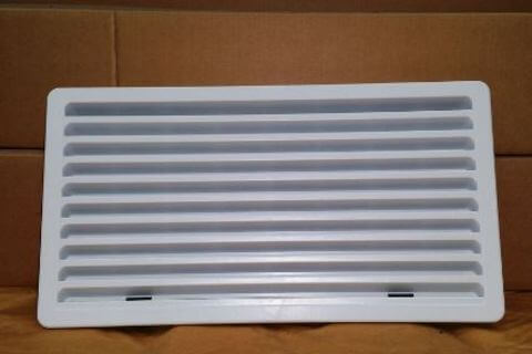Fridge Vent Lower Large White 281 x 533mm