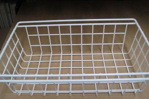 Meduim white wire basket