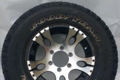 Wheel & Tyre 235/75R15 WRANGLER